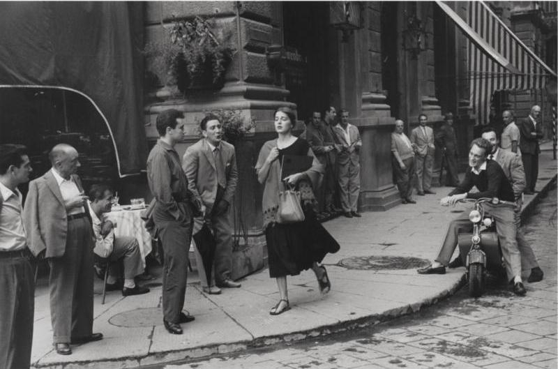 American-girl-in-italy-1951-ruth-orkin1